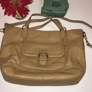 Authentic Coach tan leather purse EUC.